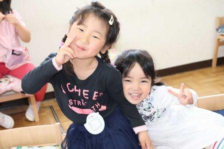 幼稚園 4月の写真を掲載しました。