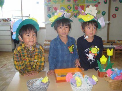 幼稚園 10月の写真を掲載しました。